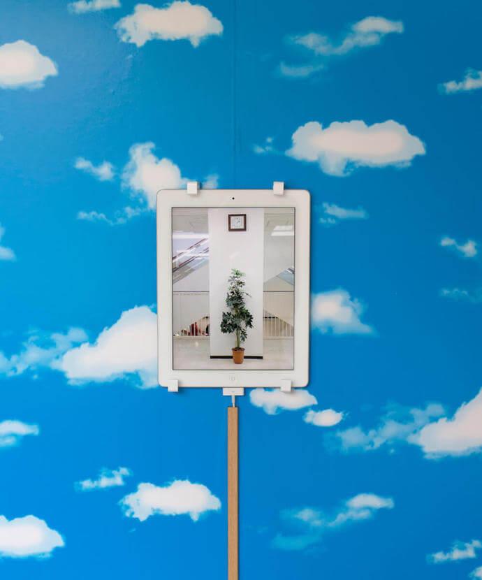 """アーティストインタビュー: 佐藤元紀「アートという""""視点""""から日常を切り取る」"""